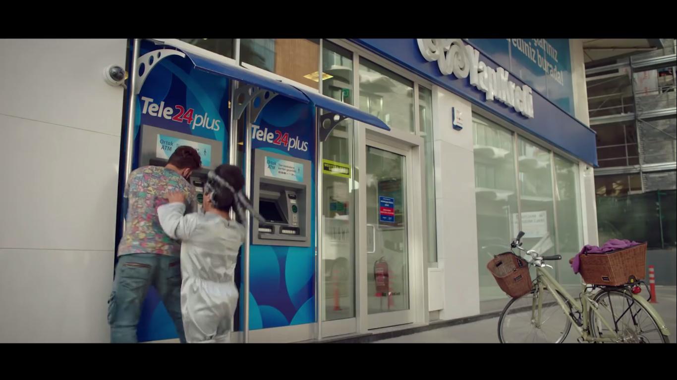Techno ve Cash Bölüm 2׃ Uzaydan Gelen Misafir - YAPI KREDİ - Türkiye'nin Reklamları