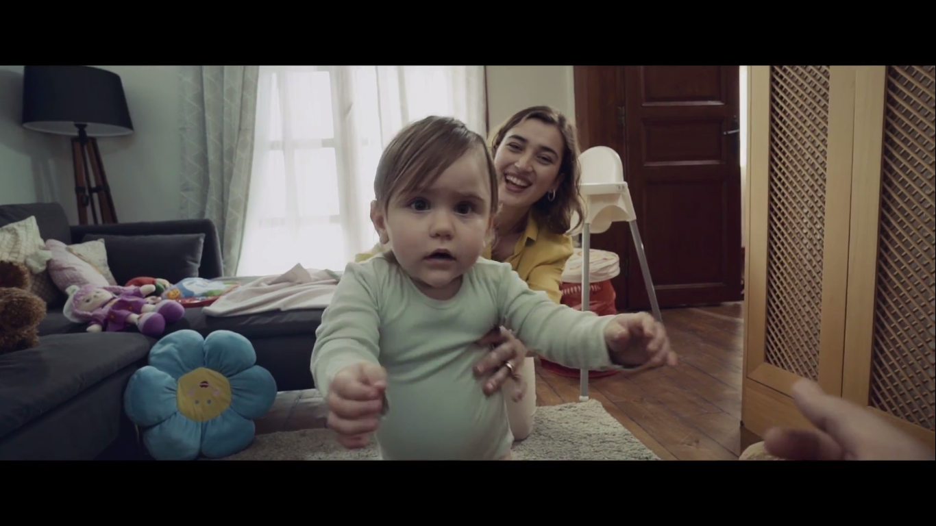 2 Can Hamilelik Sigortası - DEMİR HAYAT SİGORTA - Türkiye'nin Reklamları