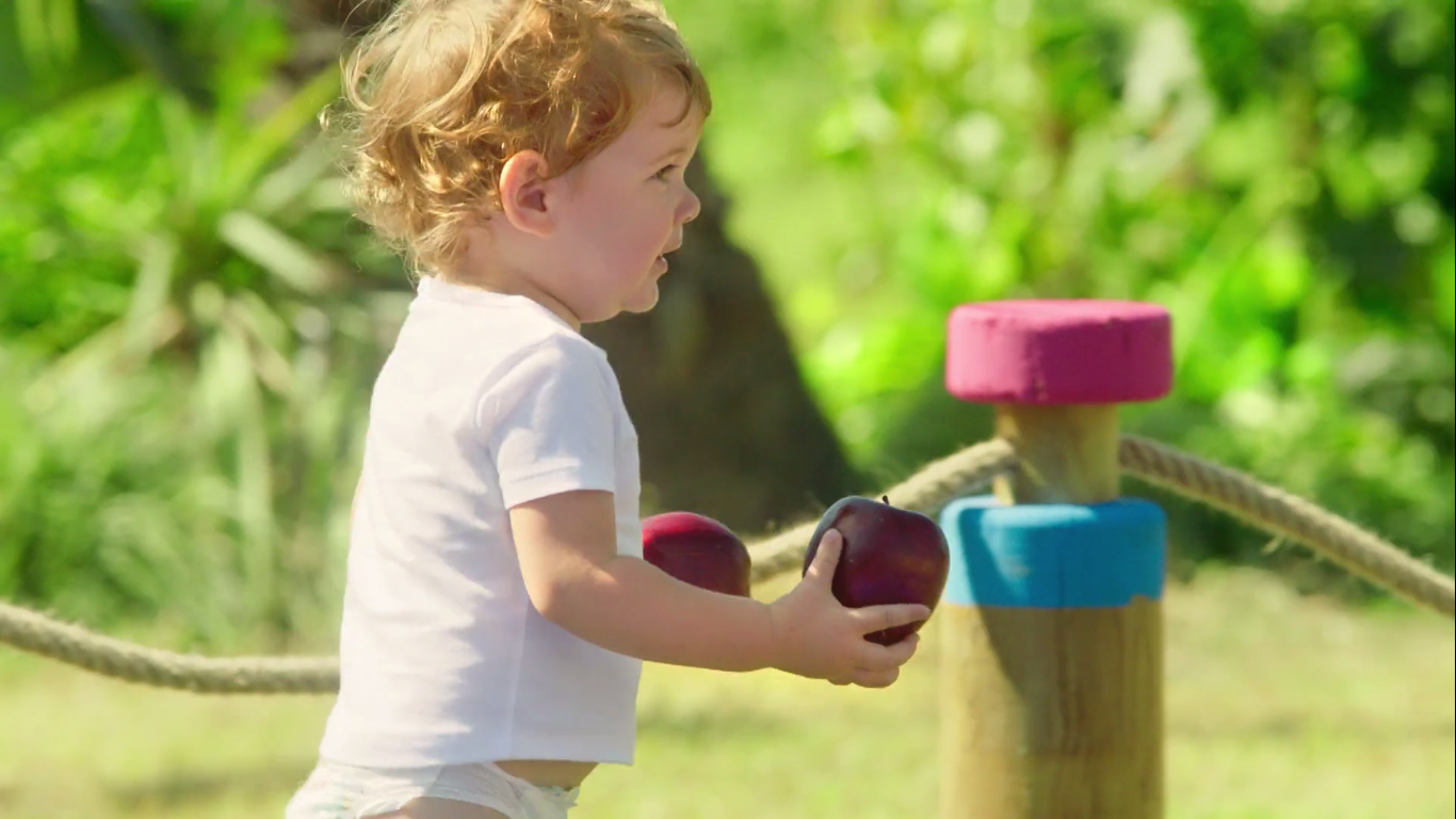 Bebekler Keşfediyor, Elma - MOLFIX - Türkiye'nin Reklamlar