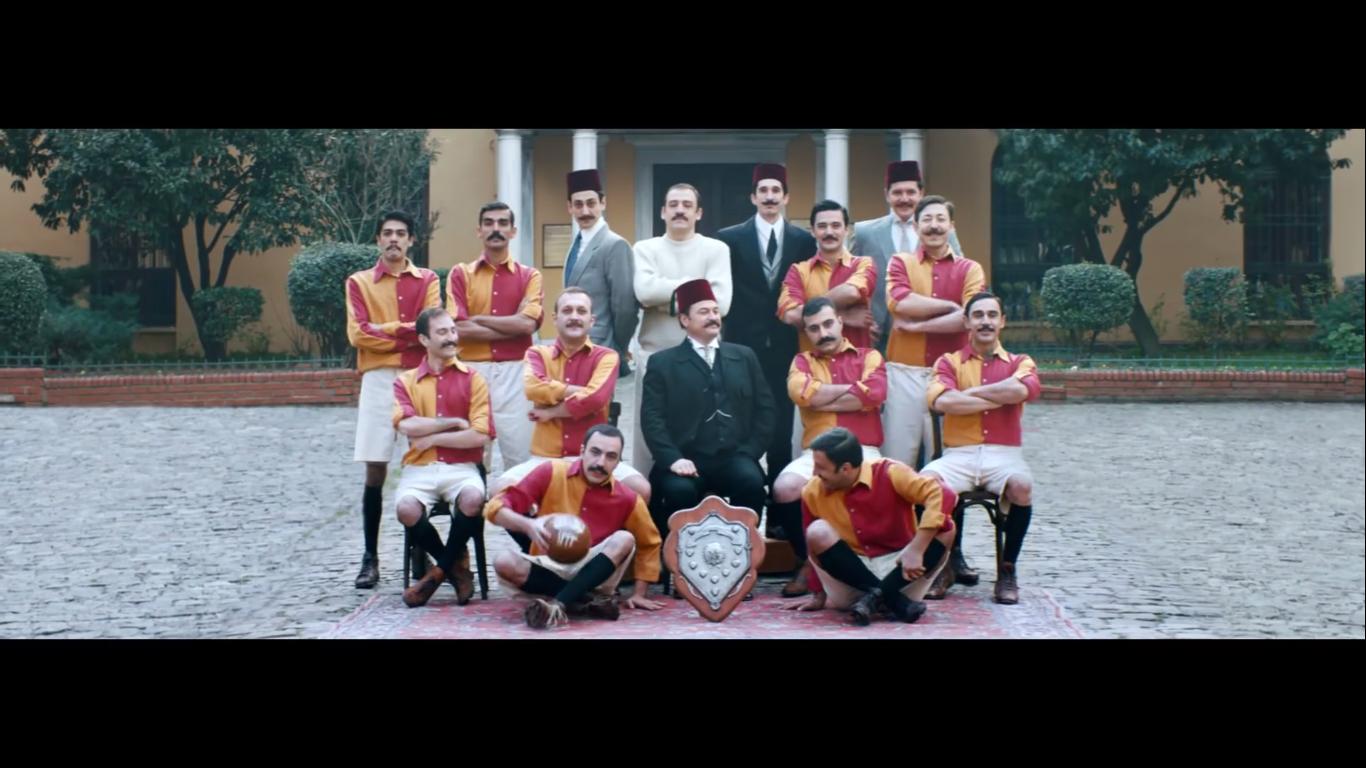 Galatasaray, İlk Günkü Destek Ruhuyla! - TURKCELL_türkiyenin_reklamları