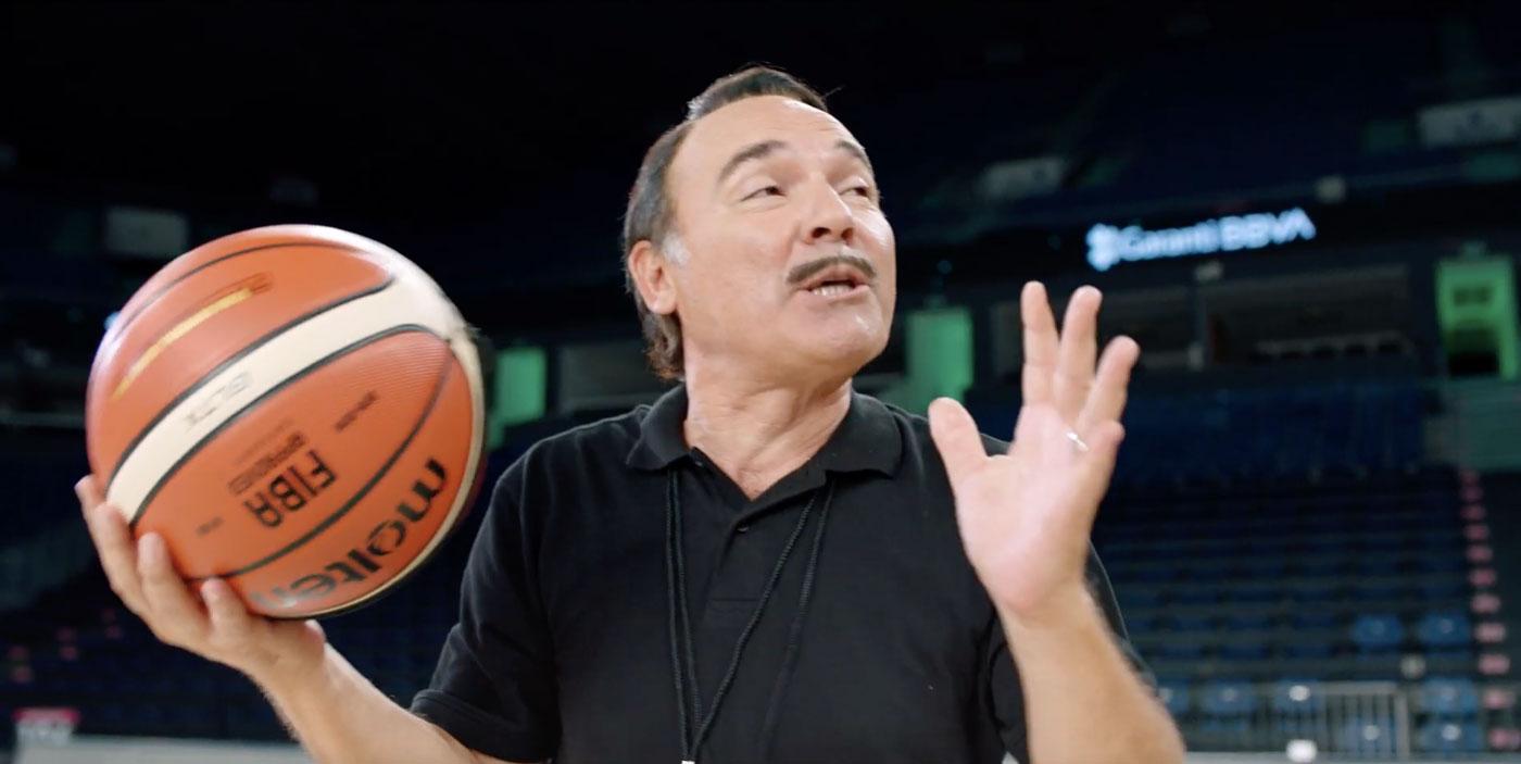garanti-reklamlari-12-dev-adam-basketbol-engin-gunaydin-dilan-cicek-deniz-turkiyenin-reklamlari-reklam-ajansi