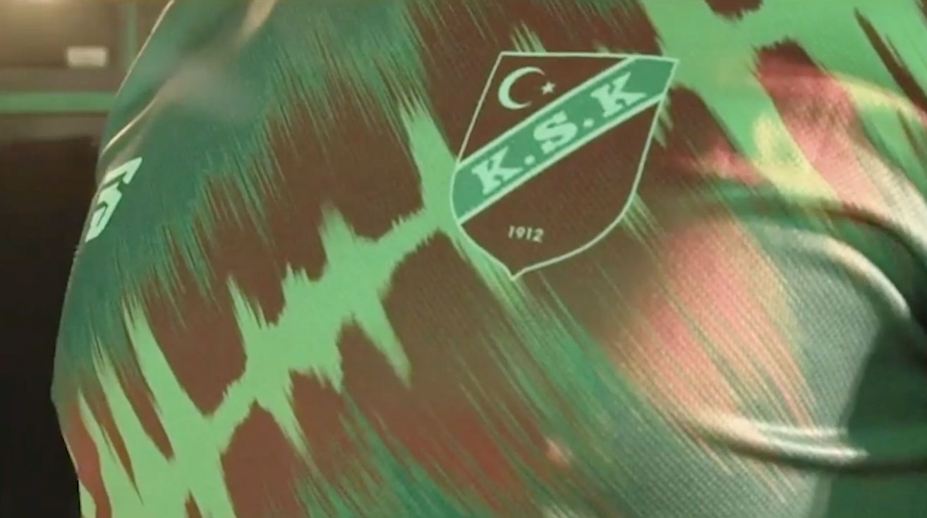 karsiyaka-reklami-turkiyenin-reklamlari-forma-reklami-reklam-ajansi-marka-futbol-kafkaf-goz-goz-izmir